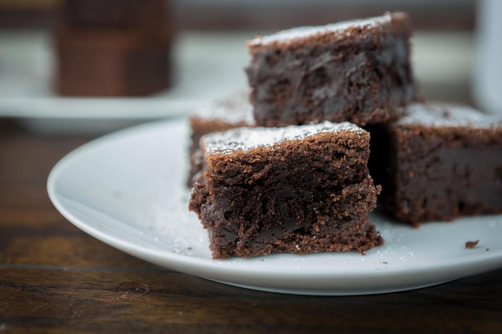 2014-04-29 Disgustingly Rich Brownies-220-3