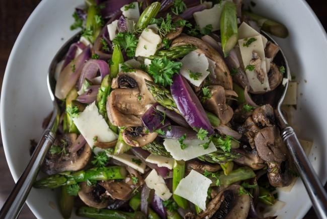 Summer Asparagus, Mushroom and Onion Salad